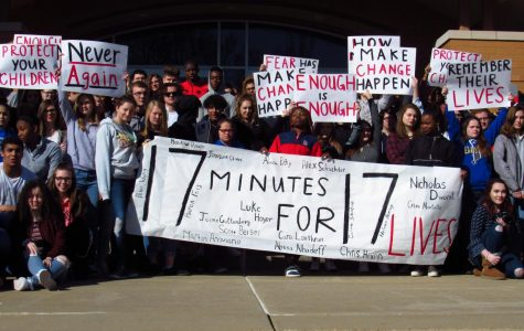 HHS Students Participate in Nationwide Walkout